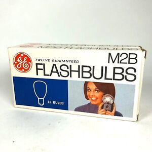 Lot of 19 GE M2B Flashbulbs