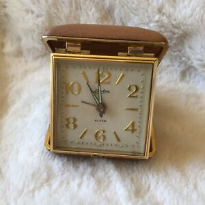 Linden Travel Alarm Clock Wind Up Snap Close Brown Clam Shell Case Vintage Gold