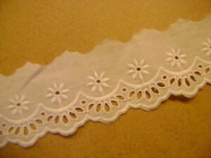 2-metres-dentelle-blanche-broderie-anglaise-largeur-51-mm-coton-N-9-BOU