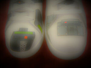 f78ace076c8bd8 Reebok Ice Cream  BEEPER shoes  Pager flavor SIZE 8 White sneakers ...