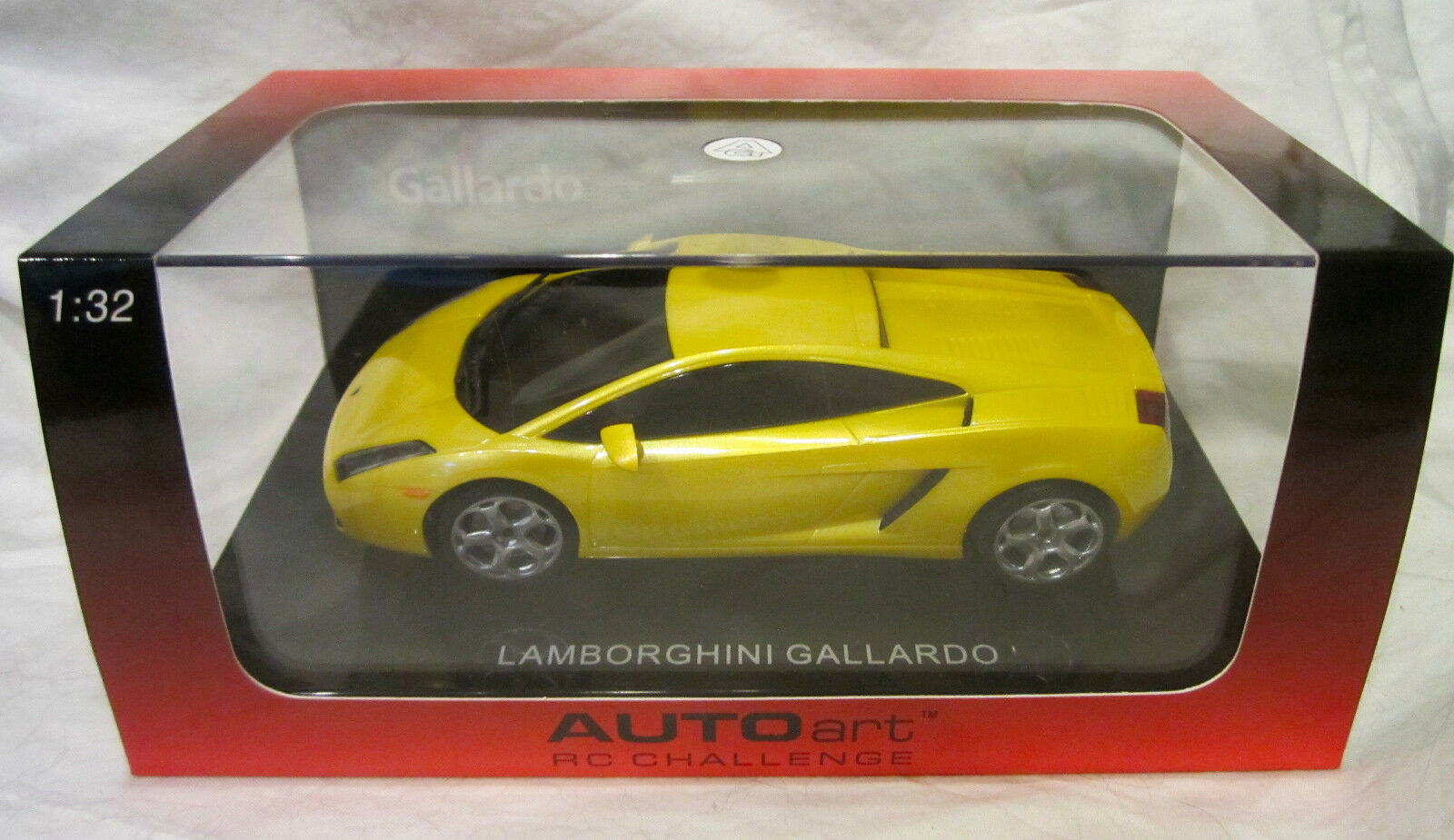 LAMBORGHINI GALLARDO, Yellow - Auto Art RC Challenge - 1 32 Scale Die Cast Car