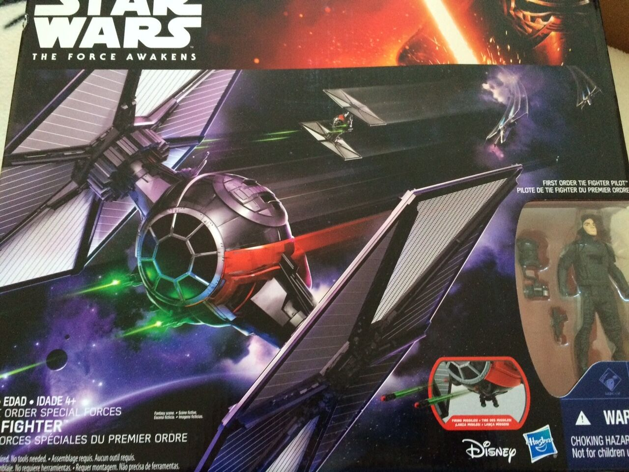 Star wars the force awakens  tie fighter and 3.75 figure set