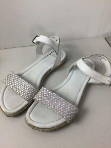 65e7cc3f40fb Image is loading Clarks-White-Leather-Flat-Sandals-Size-4UK-Ex-