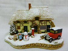 Lilliput Lane Decorating The House 2005 Christmas Special Edition L2834