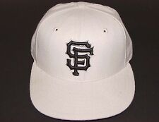 Vintage 90's MLB San Francisco SF GIANTS New Era HAT FITTED 6-3/4 New Old Stock