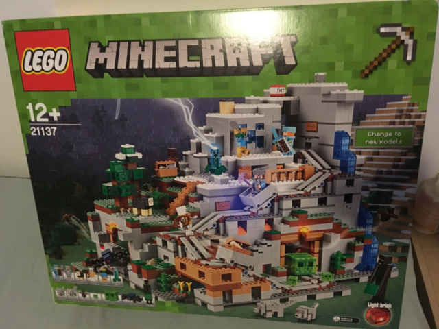 Lego Minecraft, 21137, MINECRAFT MOUNTAIN CAVE.…