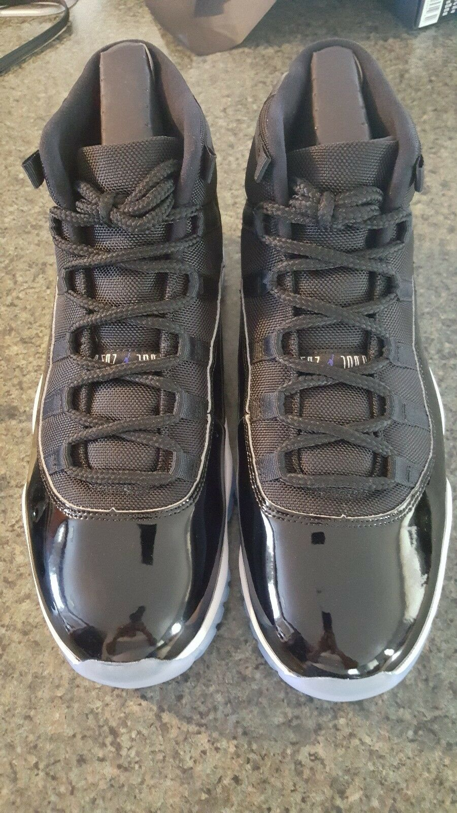 2016 Nike Air Jordan Retro XI 11 Space Jam size 12.5. 378037-003. black concord