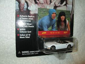 JAMES-BOND-007-You-Only-Live-Twice-Toyota-2000-GT-JOHNNY-LIGHTNING-JL-1-64