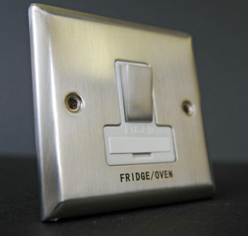 13 Amp commuté fusible Spur four frigo Secteur Chrome Brossé Blanc Avec Insert