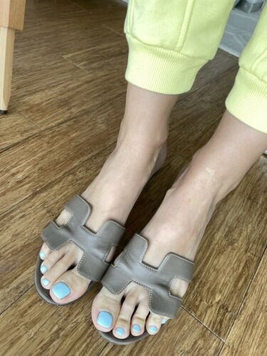 hermes oasis sandals