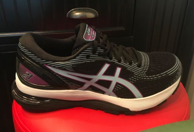 Women's ASICS Gel Nimbus 21 Running shoes size 8.5 Black Athletic Sneakers