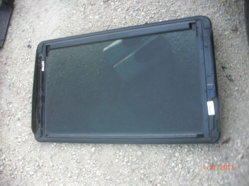 2000-2006 Mercedes-Benz W220 SUNROOF MOONROOF GLASS S430 S500 S600 S55 AMG