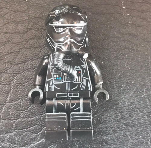 Authentic LEGO Star Wars First Order TIE Fighter Pilot Minifigure SW0672 75101