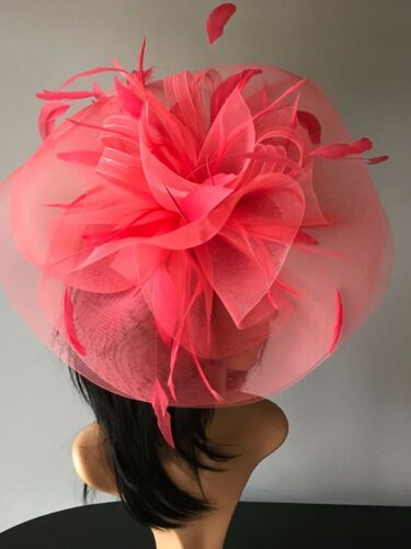 STUNNING CORAL CRIN HATINATOR HAT WEDDINGS ASCOT  OCCASIONS MOTHER OF THE BRIDE