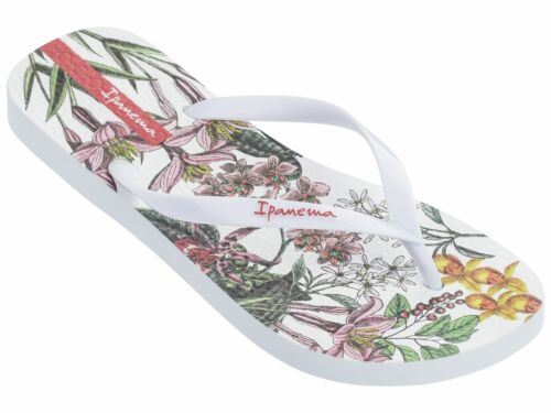 Ipanema Botanicals Scented Flip Flops Summer Beach Pool Sandals in Floral Print