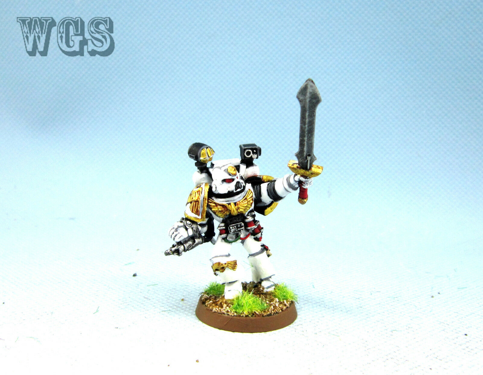 Warhammer 40k WGS painted  spazio Marines sword with Bolt Pistol SM051  costo effettivo