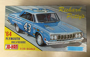 Jo-Han-039-64-Plymouth-Belvedere-Richard-Petty-Car-Model-Kit-GC-9634-Unbuilt-M-91