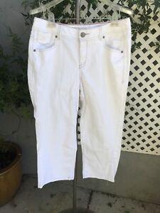 LANE-BRYANT-White-Denim-Cropped-Flare-Capri-Stretch-Jeans-Plus-Sz-14