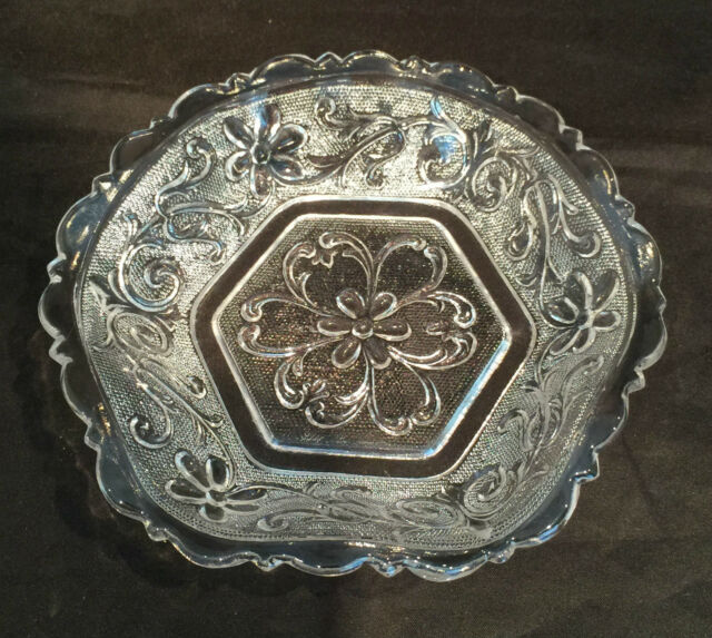 Indiana Hearts Flowers - Clear Sandwich Glass - Nappy Hexagonal Bowl Plate