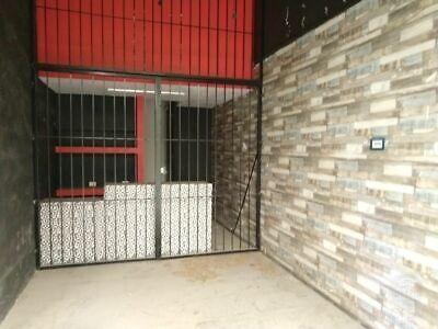 Renta Local Comercial en Jinetes 25 m2 Panta Alta