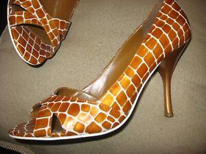 ENZO ANGIOLINI, Rust & White Giraffe Print Open Toe Heels,Leather, 9 M,