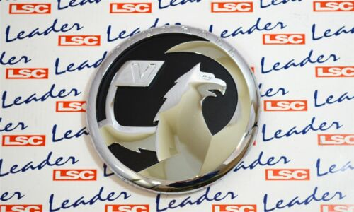 13238427 NEW GENUINE Vauxhall Insignia 09-13 Front Grille Badge /& Adapter