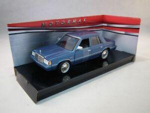 Plymouth-Reliant-1983-Blu-MotorMax-1-24-Scala-Diecast-Auto-Modello-in-metallo