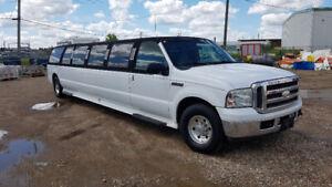 2005 Ford Excursion Limousine