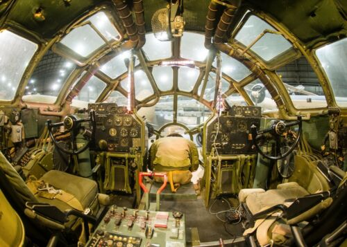 WW2 USAF Superfortress Boeing B-29 Cockpit Picture
