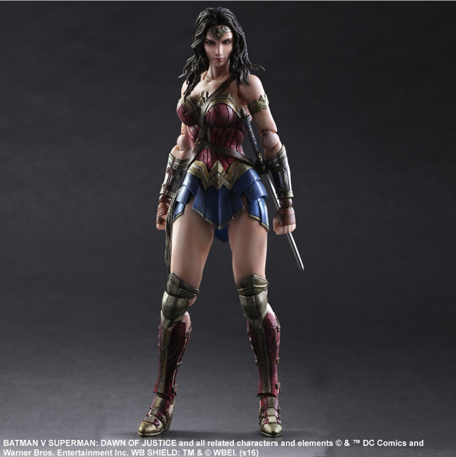 Play Arts DC Comic Wonder Woman 26cm Action Figure Statue Spielzeug mit Box TOP