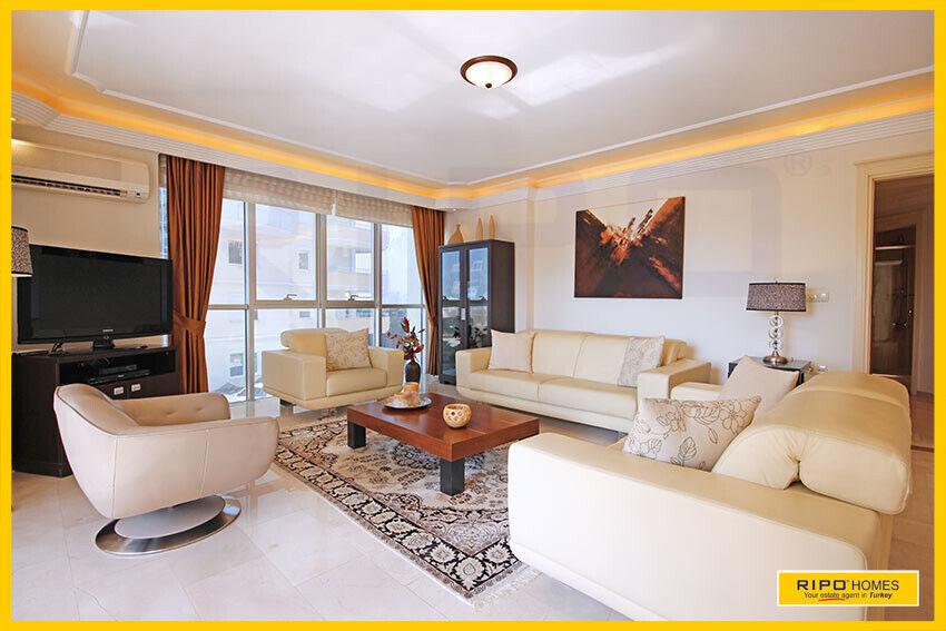 Alanya Mahmutlar - Flot bolig med et stort udbu...