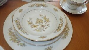Vintage Fine China Dinnerware Indore by Style House Ex condition 47 pieces