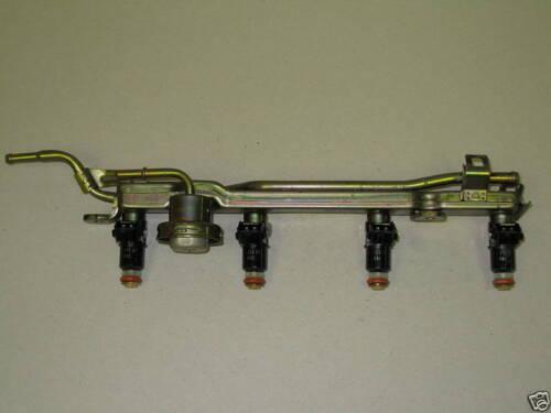 Set of 4 Fuel Injectors /& Rail 01-05 Civic EX Acura EL 1.7L SOHC VTEC  D17A2 OEM