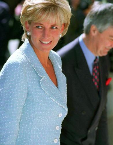Iconic Chanel Vintage Princess Diana Royal Spring