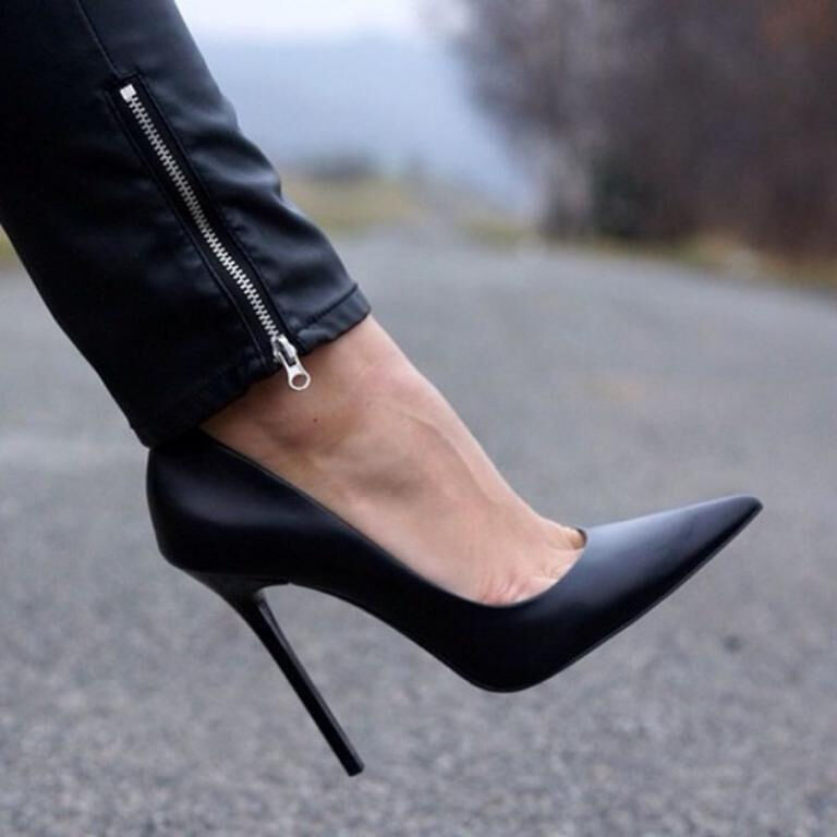 ZARA Leather court scarpe with stiletto heels nero Sold out Bloggers 9 EU 40
