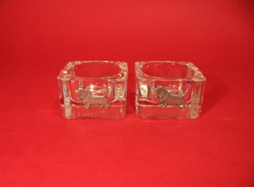 Basset Hound Motif on A Pair Of Square Glass Tea Light Candle Holders Xmas Gift