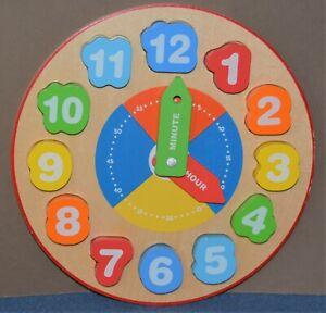Tooky Toy Lernuhr, Kinder Uhr aus Holz zur Übung der Motorik - Fridingen, Deutschland - Tooky Toy Lernuhr, Kinder Uhr aus Holz zur Übung der Motorik - Fridingen, Deutschland
