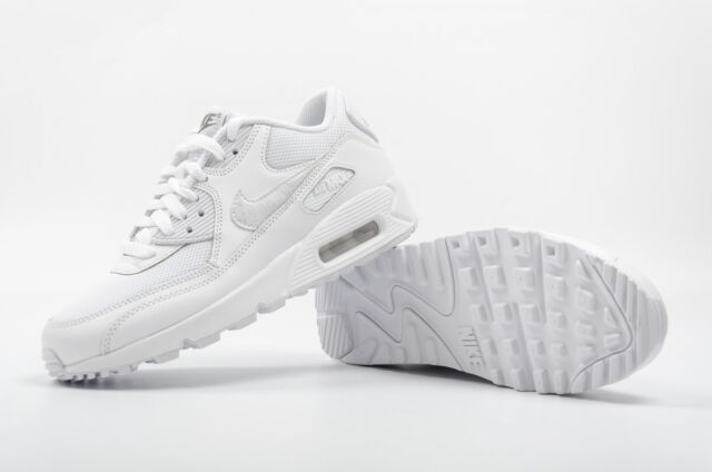 5d20d1eb1f31e Nike Air Max 90 Mesh GS Junior Kids Girls Boys Trainers Shoes - White 3 to