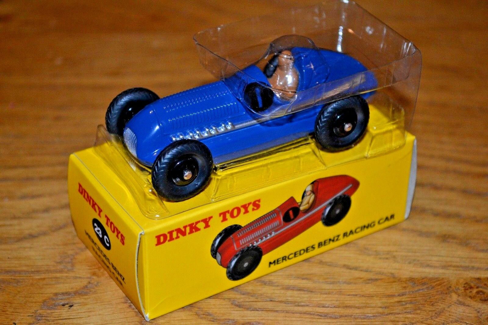 FRENCH DINKY TOYS ATLAS EDITION DIECAST Nº 23 C MERCEDES BENZ voiture de course