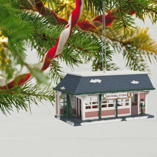2018 Hallmark Christmas in Evergreen Chris Kringle Kitchen Ornament