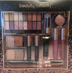 Beauty Runway Essentials Makeup Set, 31 Pieces, Muticolor
