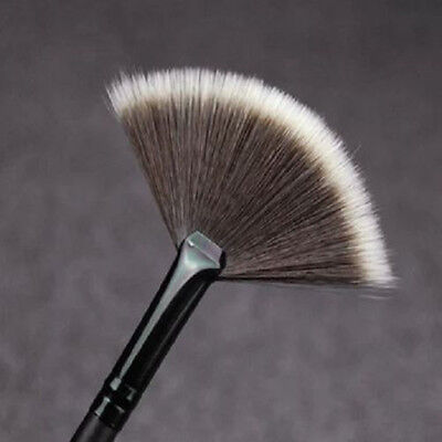 1Pc Highlighter Slim Fan Shape Powder Concealor Blend Foundation Makeup Brush BT