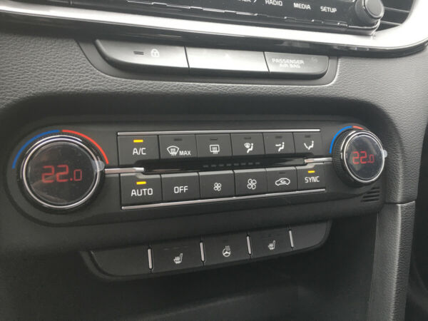 Kia Ceed 1,5 T-GDi mHEV Comfort Upgrade SW DCT billede 15