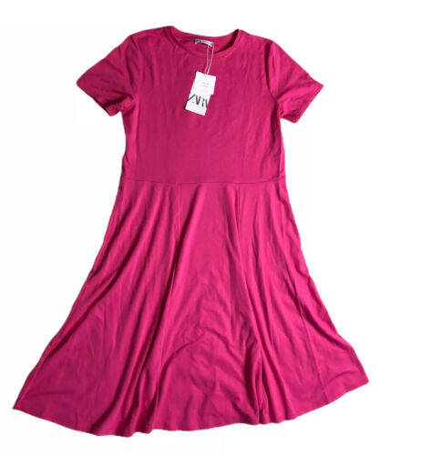 Lush Red Short Sleeve Skater Fit And Flare Pleated Knit Scoop Neck Dress Size M