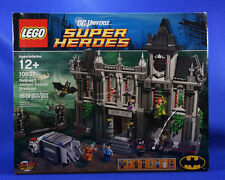 Lego BATMAN DC Universe ARKHAM ASYLUM Breakout 10937. 1619 pcs. *RETIRED* SEALED