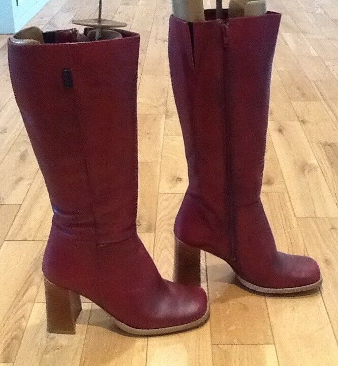 Wrangler Leather Ladies Boots Size Euro 40 Oxblood Red
