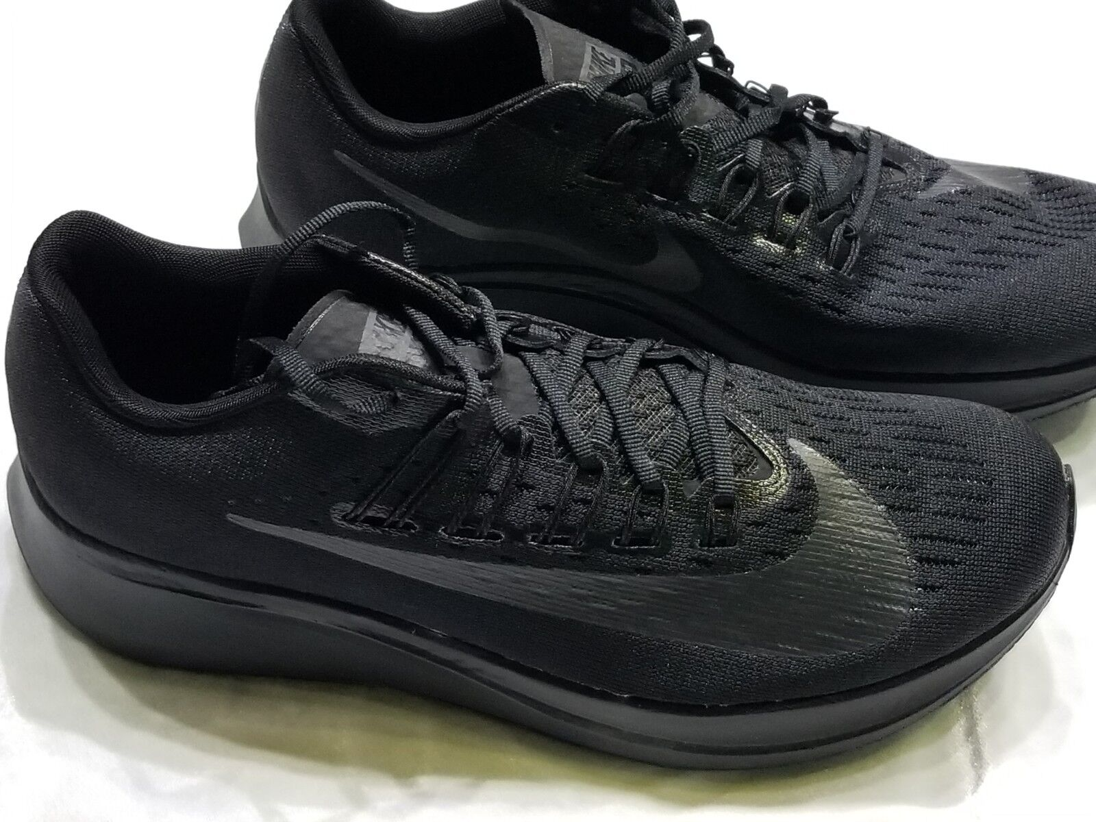 +New  MENS  NIKE  ZOOM FLY  TRIPLE BLACK  SZ 10