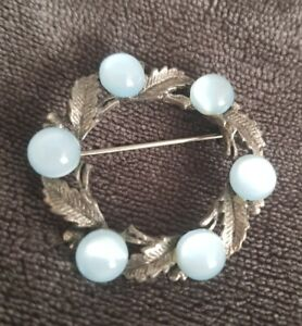 Vintage-Brooch-Celtic-Scottish-Pin-blue-Stones-silvertone-leaves-vtg