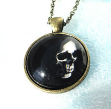 ZPs2 Creepy Fear The Grim Cloaked Reaper Skull Tombstone rip Death Pendant