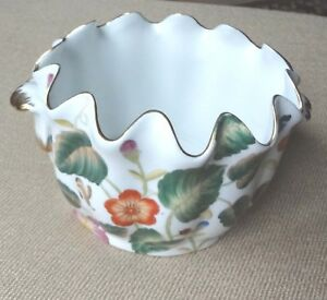 Hand-Painted-Gold-Trimmed-Porcelain-Flower-Pot-Vase